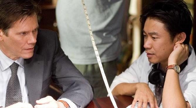 Джеймс Ван (справа)