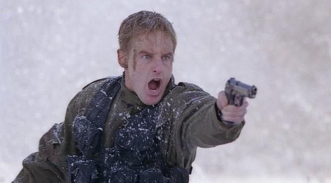 «В тылу врага» (2001)